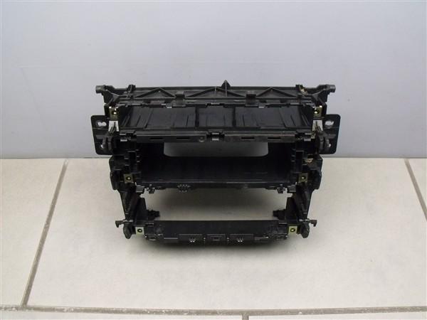 Radioschacht original Schacht Radio Mittelkonsole Audi A4 S4 RS4 B5 8D0858005M