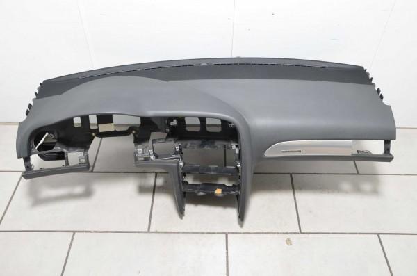 Armaturenbrett Schalttafel Instrumententafel Audi A6 4F soul schwarz 4F1858041