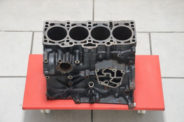 Motorblock Motor 1.9TDI 115PS AUY ATJ AJM Audi A4 Seat VW Golf Passat 038103101N