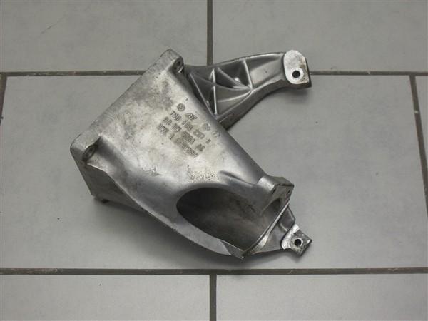 Getriebehalter Halter Getriebe 1.8T 1.9TDI VW Sharan Seat Alhambra 7M0199207K