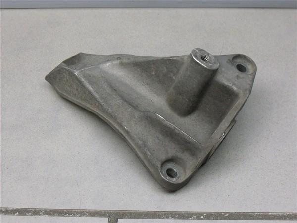 Getriebehalter Getriebestütze rechts 4.2 V8 Audi A6 S6 4B 4B3399114C