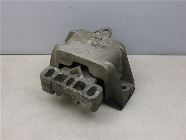 Getriebelager Getriebehalter 2.3 V5 AGZ Automatik VW Golf 4 Bora 1J 1J0199555AM