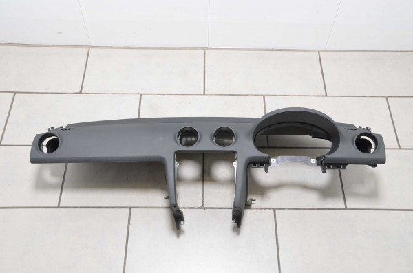 RHD Armaturenbrett Schalttafel Instrumententafel Audi A3 S3 RS3 8P schwarz