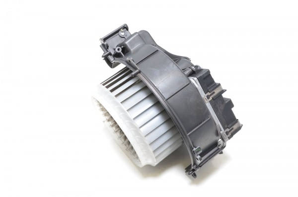 Gebläsemotor Lüftermotor Innenraumgebläse Audi A6 S6 RS6 4F R8 42 4F0820020A