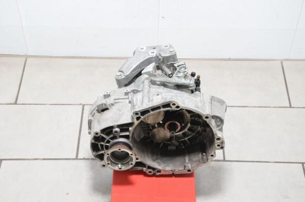Schaltgetriebe 6-Gang Getriebe 2.0 TFSI JLZ Audi TT 8J 165 tkm